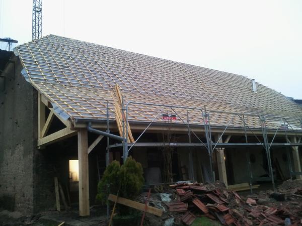 Pavillon à Vielverge (21) - Lattage et écran sous toiture