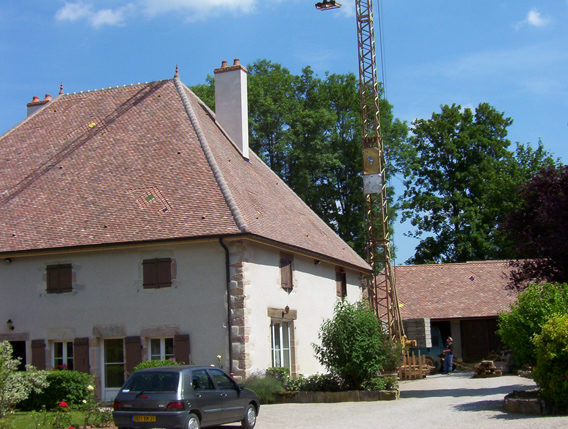 Maison ancienne de St-Seine-en-Bache (21) - Réfection des couvertures
