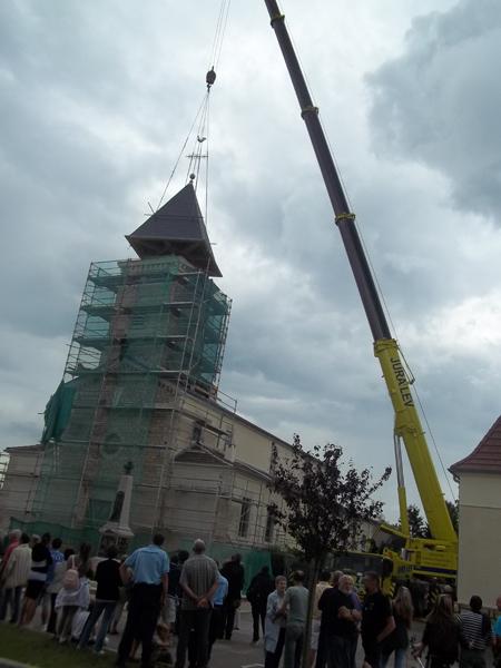 Clocher à Le Deschaux (39) - Levage et pose du clocher